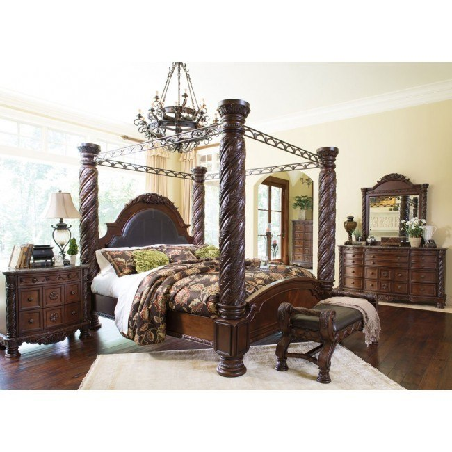 Pleasing North Shore Canopy Bedroom Set Home Interior And Landscaping Spoatsignezvosmurscom