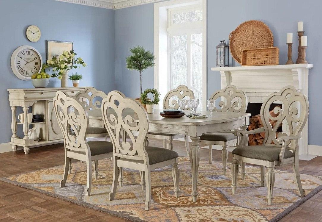 Devonshire Rectangular Dining Room Set