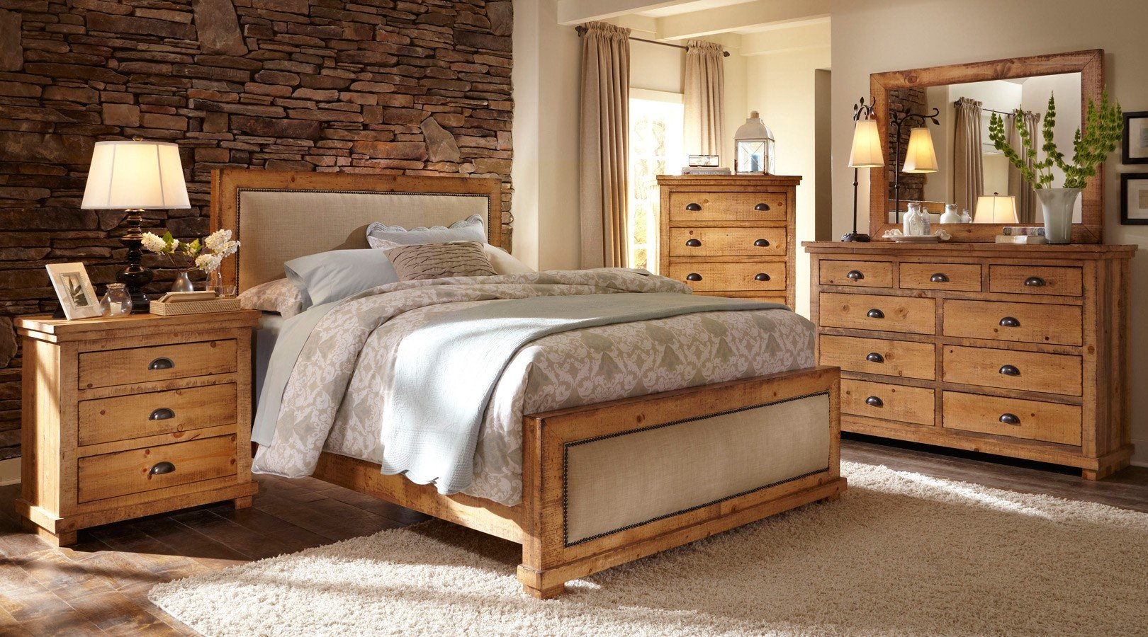 Willow Upholstered Bedroom Set (Distressed Pine)